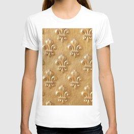 Golden Fleur de lys wood wall T-shirt