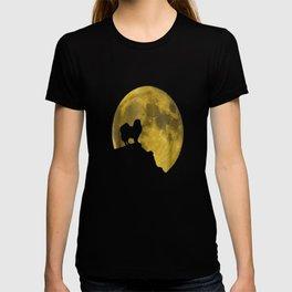 Japanese Chin And Moon Halloween 31st October T-Shirt T-shirt