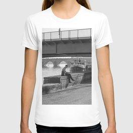 Relaxing Time Under The Bridge T-shirt
