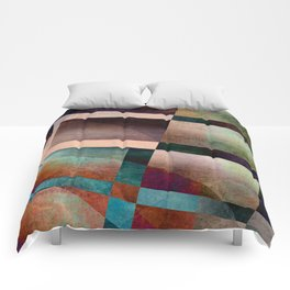 Abstract Lines and Shapes Comforters