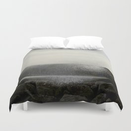 The ocean behind the wall Duvet Cover