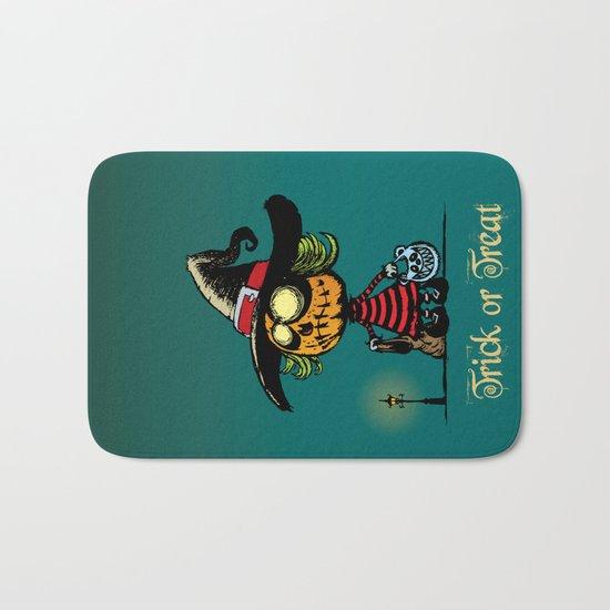 Trick or treat v2 Bath Mat