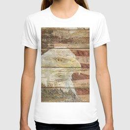 Rustic Bald Eagle Bird American Flag Patriotic Country Art A167 T-shirt
