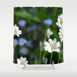 Flowers Izby Garden 7 Shower Curtain