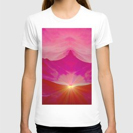 Pink romantic mountains T-shirt