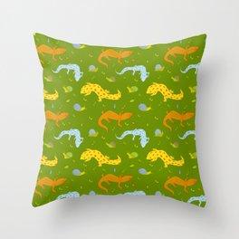 Garden crawlers Throw Pillow