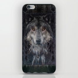 The Winter is here - Wolf Dreamcatcher iPhone Skin