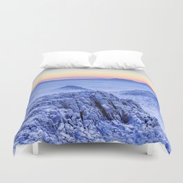 Frozen lands Duvet Cover