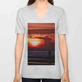 As the Sun goes down Unisex V-Neck