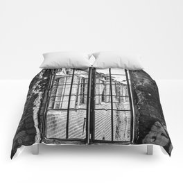 Standstill Comforters
