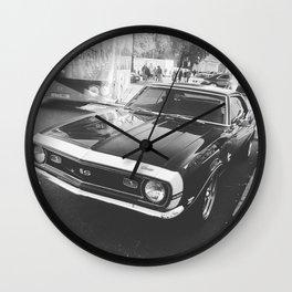 Roar. Wall Clock