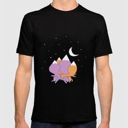 Let sleeping foxes lie T-shirt
