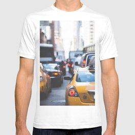 TAXI - CAB - CITY - CARS - PHOTOGRAPHY T-shirt