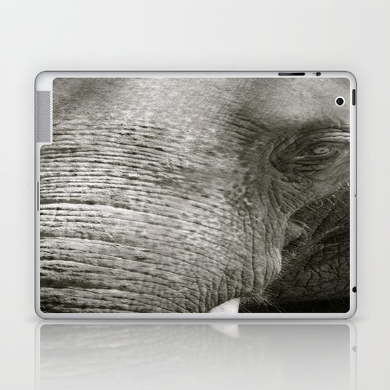 L'Éléphant Laptop & iPad Skin