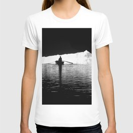 Silhouette Rowing Boat River Cave Tam Coc Vietnam T-shirt