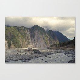//02-04 WAIHO RIVER Canvas Print