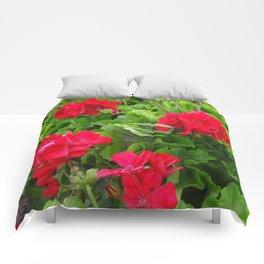 RED GERANIUMS GREEN GARDEN Comforters