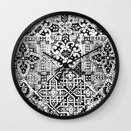 celtic knot black & white Wall Clock