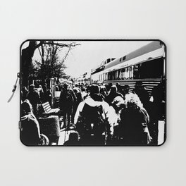 ALL ABOARD! Waiting to get on the Train! Laptop Sleeve