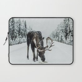 Moose in the wild Laptop Sleeve