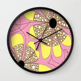 FLOWERY  LEA / ORIGINAL DANISH DESIGN bykazandholly Wall Clock
