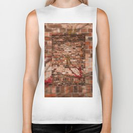 Red ivy hedge creeper on wall Biker Tank