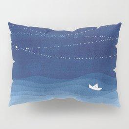 Follow the garland of stars, ocean, sailboat Pillow Sham