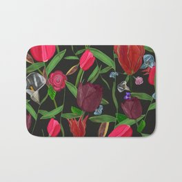 Red, Pink and Claret Red Colored Tulips With Roses and Lily Elegant Pattern Bath Mat