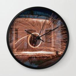 Aro en llamas Wall Clock