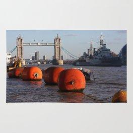 The River Thames, London, England Rug