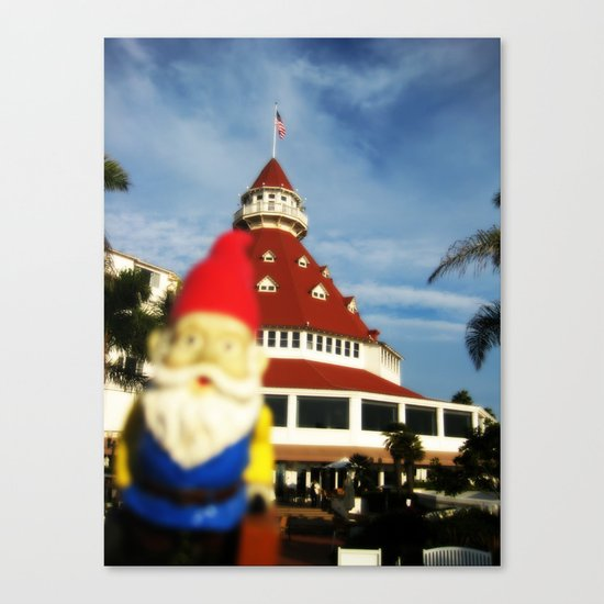 Gnorman visits the Hotel Del Coronado Canvas Print