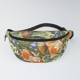 Beautiful flower bouquet on shimmering gold Fanny Pack