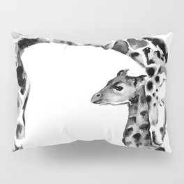 Black and white giraffes Pillow Sham