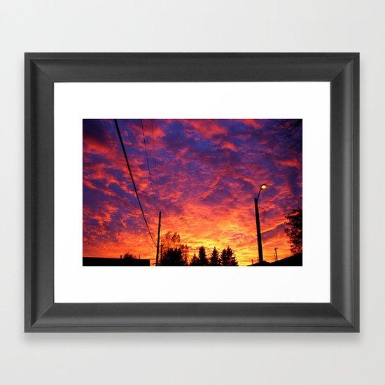 Street lamp glow  Framed Art Print