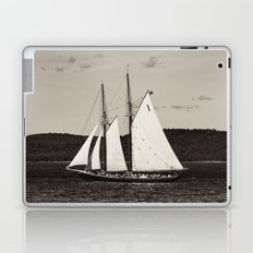 Sailing The Basin Laptop & iPad Skin
