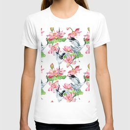 Pattern with cranes and lotuses T-shirt
