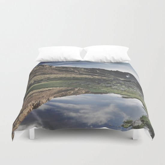 Dream Lake at the mountains. Retro Duvet Cover