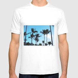 Coconut trees | Praia do Espelho | Brazil T-shirt