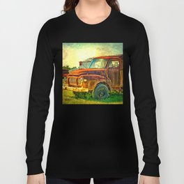 Old Rusty Bedford Truck Long Sleeve T-shirt