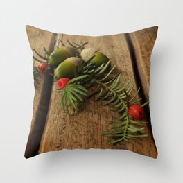 That's Autumn! Throw Pillow