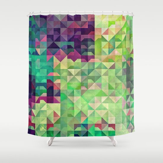 Gryyn xhrynk Shower Curtain