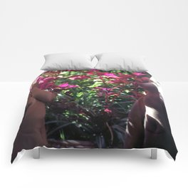 Pretty Floral Boobs Comforters