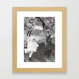 Coulrophilia: Jig Framed Art Print