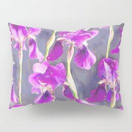 Simple Iris Pattern in Warm Magenta Pillow Sham