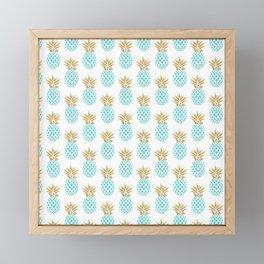 Elegant faux gold pineapple pattern Framed Mini Art Print