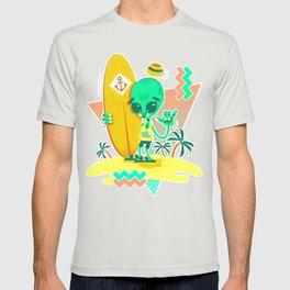 Alien Surfer Nineties Pattern T-shirt
