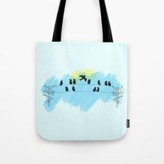Pájaro Tote Bag