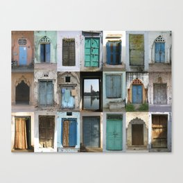 INDIA - Doors of India Canvas Print