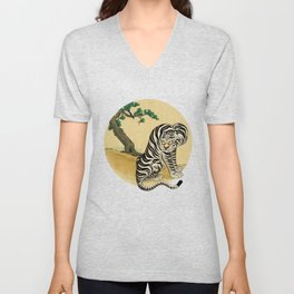 Tiger with magpie type-F Unisex V-Neck