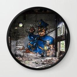 Lalüüüü Lalaaaa Wall Clock